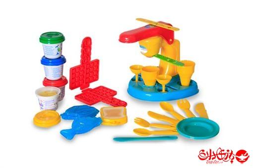 اسباب-بازی-خمیر بازی با دستگاه بستنی و غذا ساز مارک Play Go
