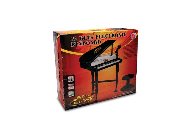 تصویر شماره 1  پیانو بزرگ با میکروفون